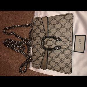 Gucci Bags - 100% Authentic Gucci Dionysus GG Supreme Mini
